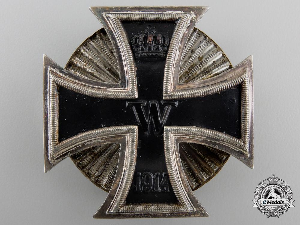 An Iron Cross First Class 1914; Screw Back