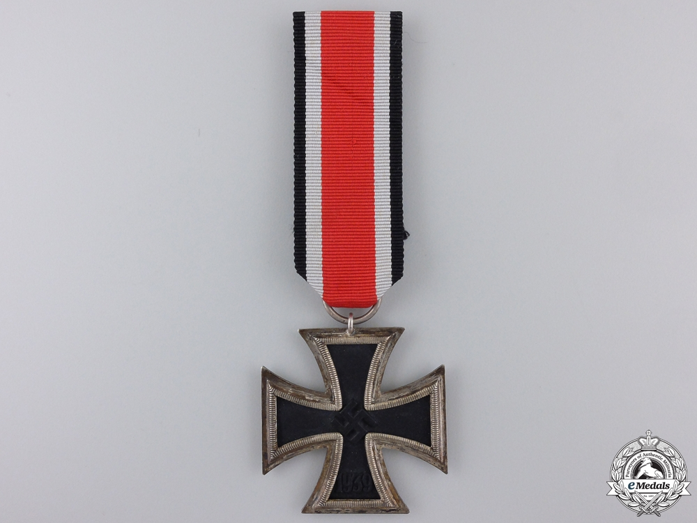 An Iron Cross Second Class 1939 by Klein & Quenzer