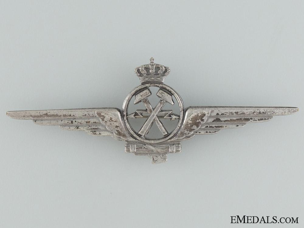 An Italian Air Mechanic Badge