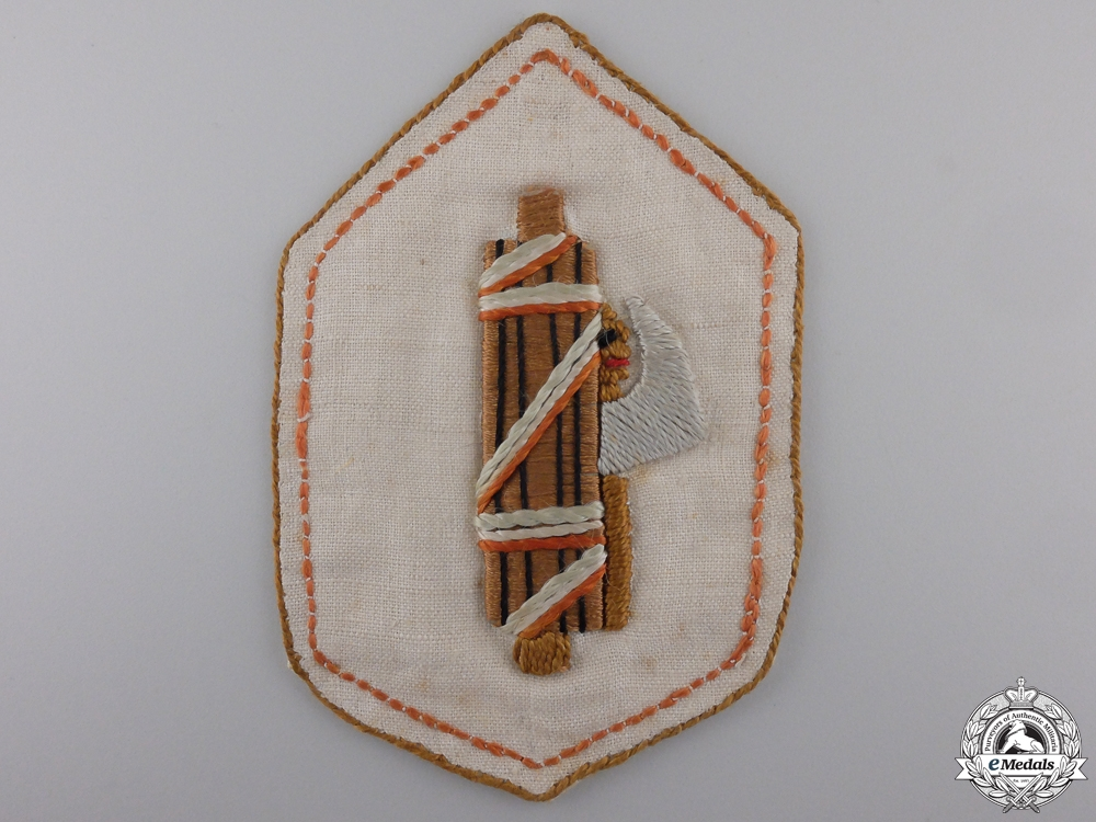 An Italian Fascist Cloth Badge