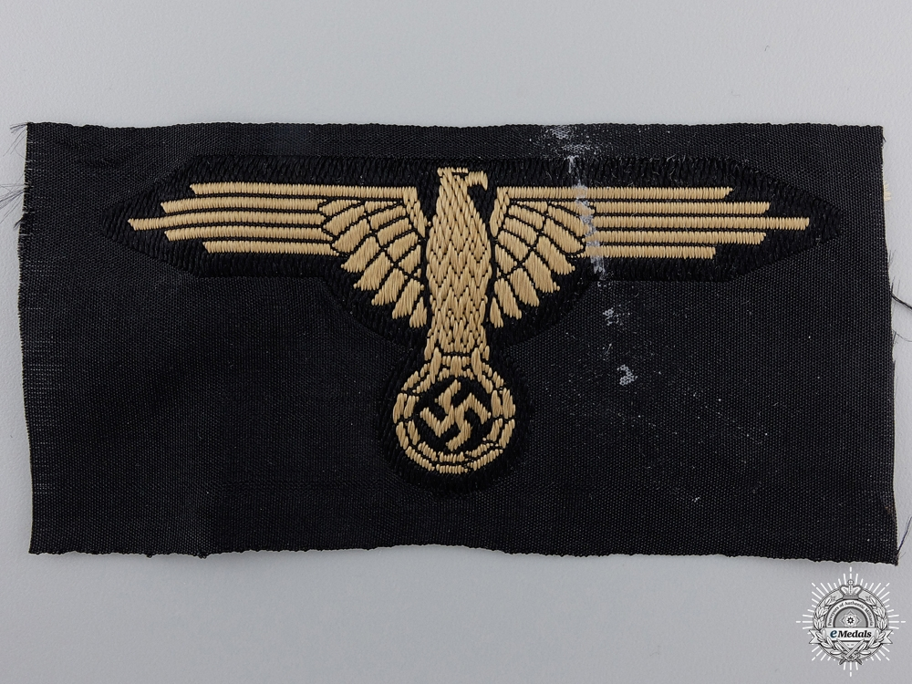 An SS Tropical Sleeve Insignia