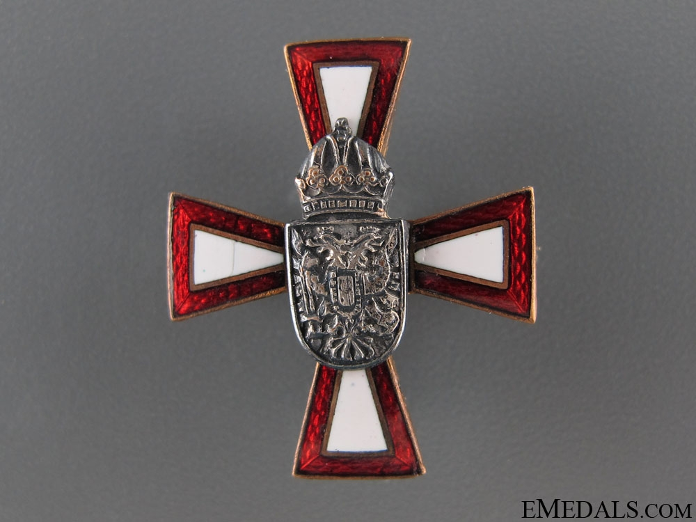 Austrian Imperial Enameled Patriotic Badge
