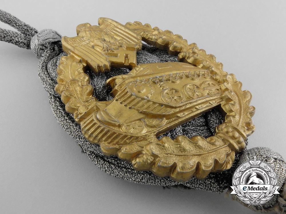 A Panzer Marksman Lanyard; Gold Grade