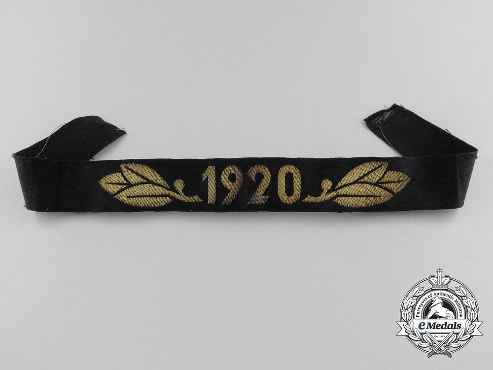 A TeNo Honor Year Band 1920 (Cufftitle)