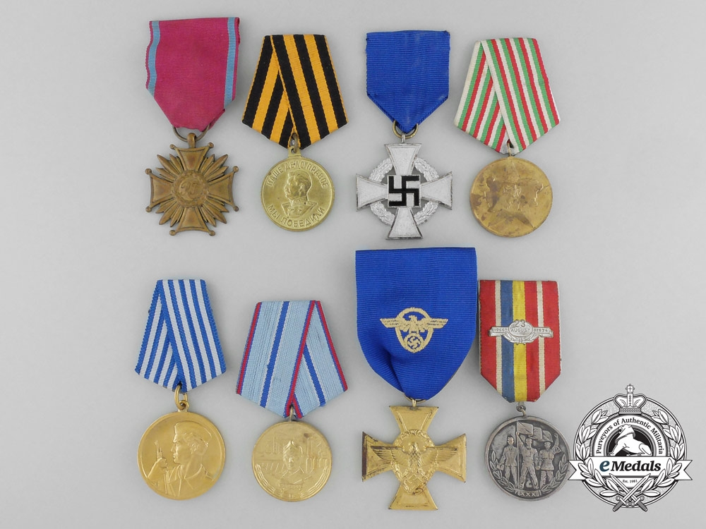 Eight european medals decorations and awards for Awards decoration