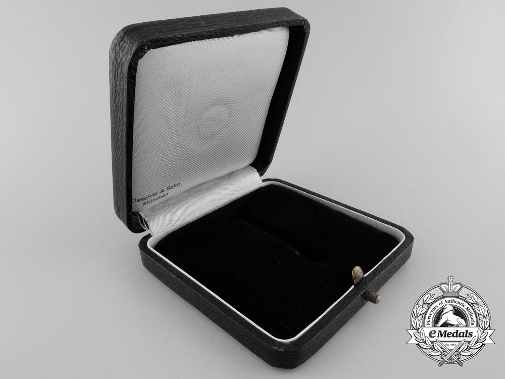 A War Merit Cross First Class Case by Deschler & Sohn
