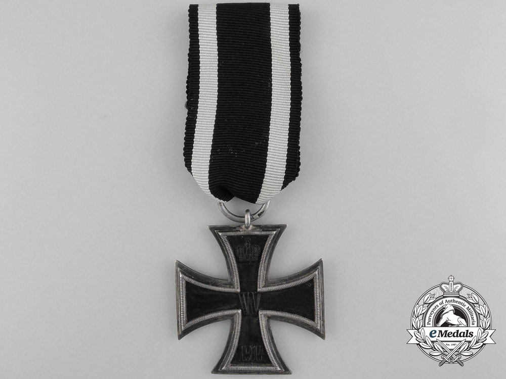 An Iron Cross Second Class 1914 by Carl Dillenius with Case