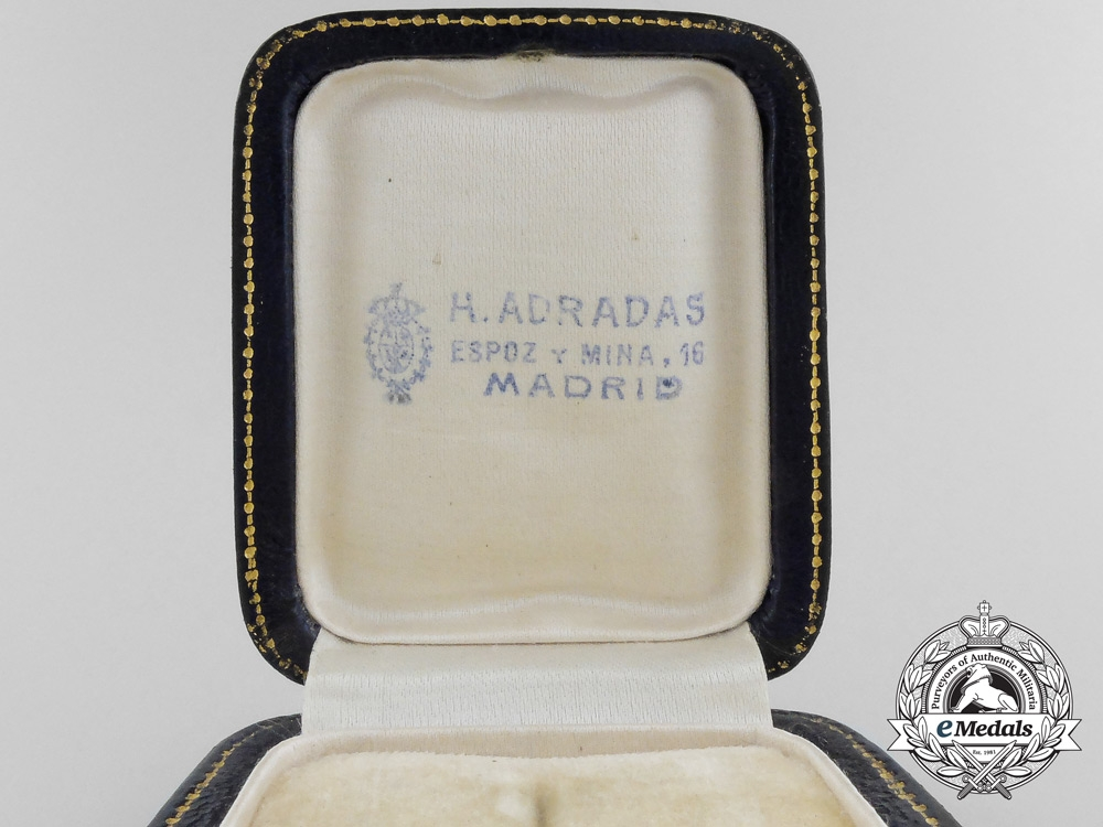 Spain, Franco Period. A Pair of Cufflinks Attributed to Spanish General Fernández Silvestre