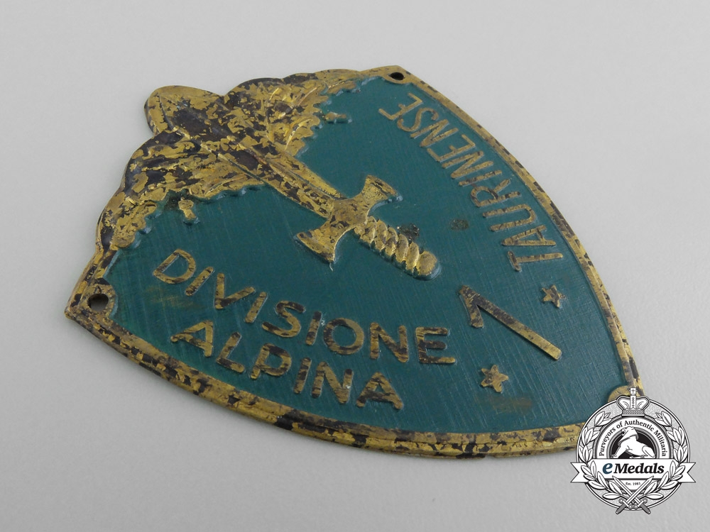 "A Second War Italian 1st Division Alpine ""Taurinense"" Badge"