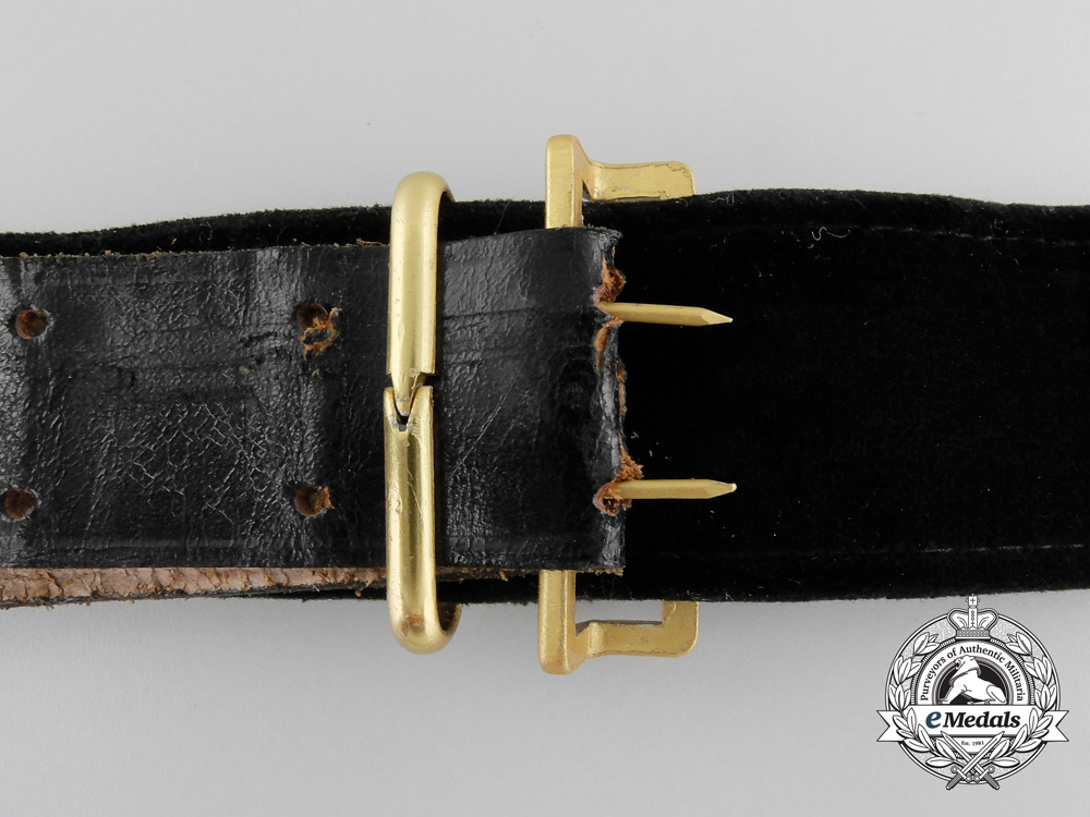 A Kriegsmarine Officer's Undress Belt & Buckle with Aiguillette and Case