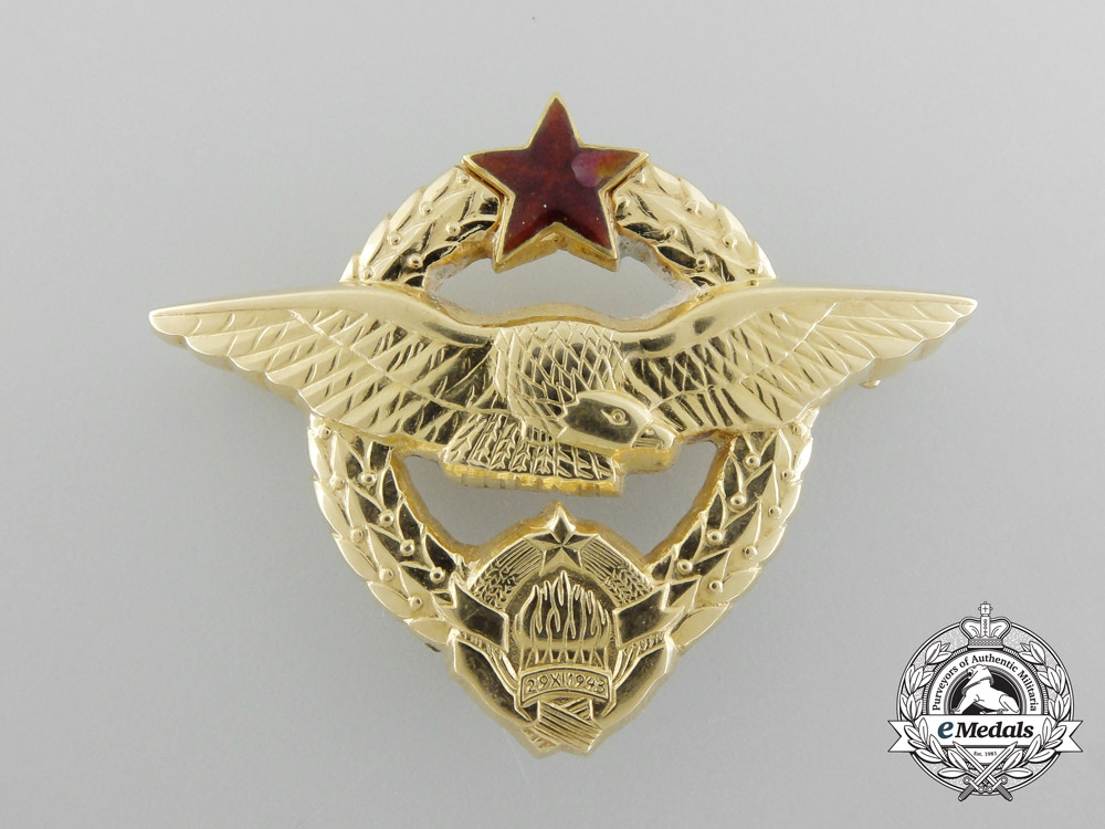 A Republic of Yugoslavia Pilot's Badge in Solid Gold by IKOM Zagreb