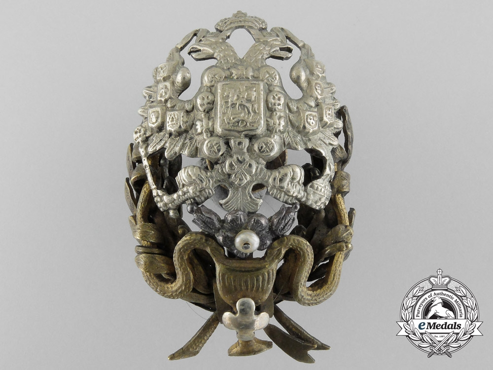 An Imperial Russian Medical Officer's Badge with General Practitioner Degree
