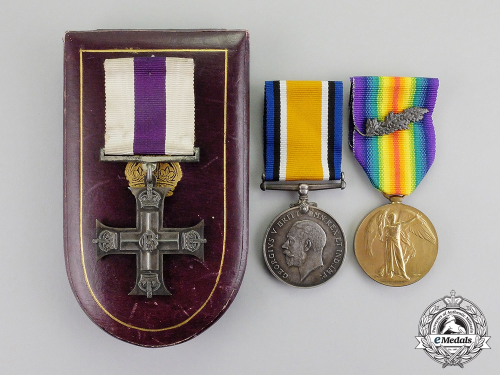 United Kingdom. A Military Cross to Lieut. A.E. Reed for Extraction of Guns under Fire at Amiens