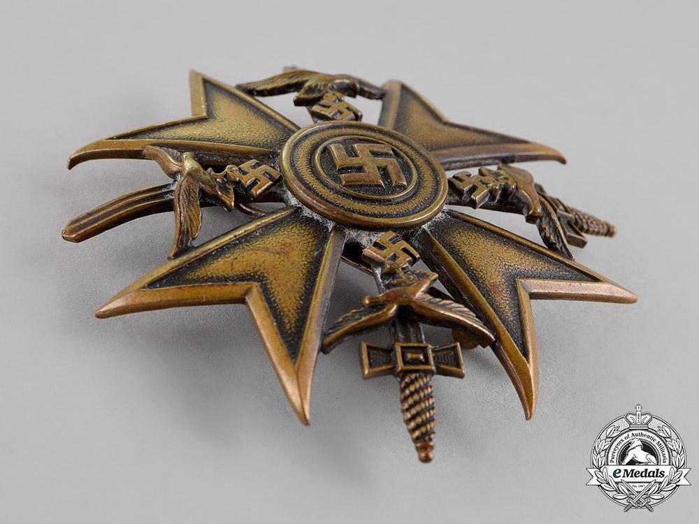 Germany. A Spanish Cross, Bronze Grade, with Swords, c.1939