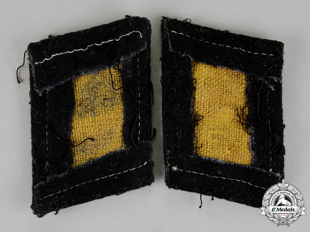 Germany. A Pair of Waffe-SS SS Mann's Collar Tabs, Type 3 (1940-45)