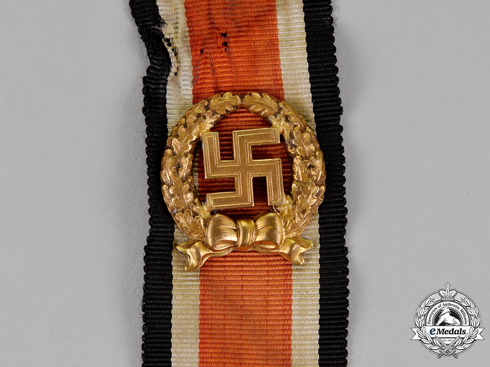 Germany.  An Army Honor Roll Clasp