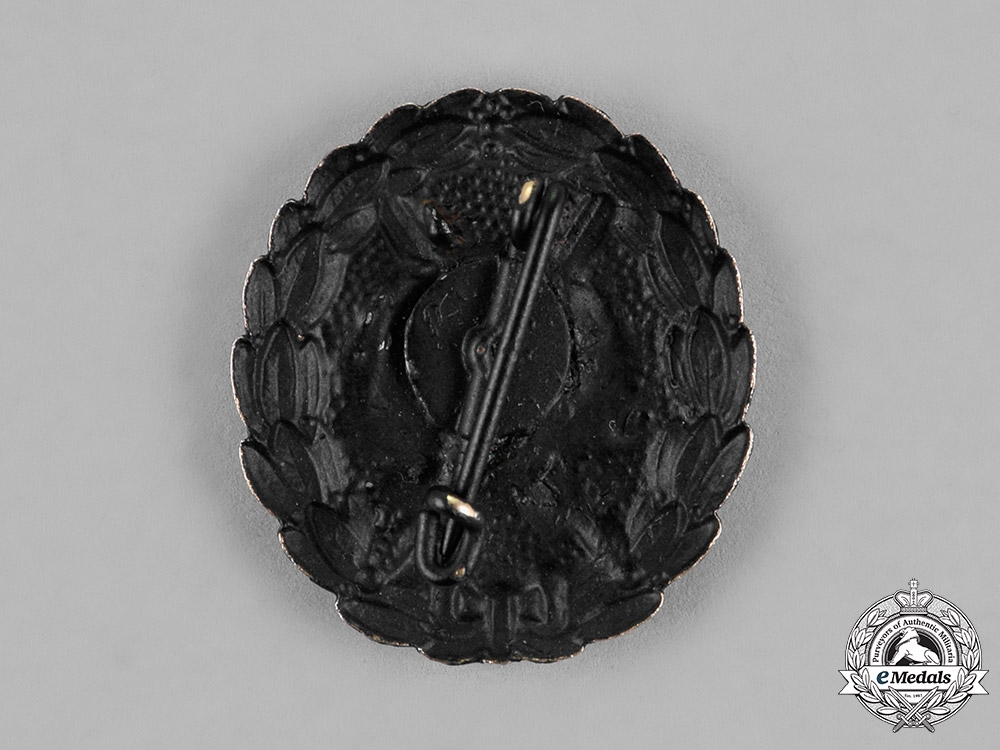 Germany. A Wound Badge, Black Grade, Reduced Size