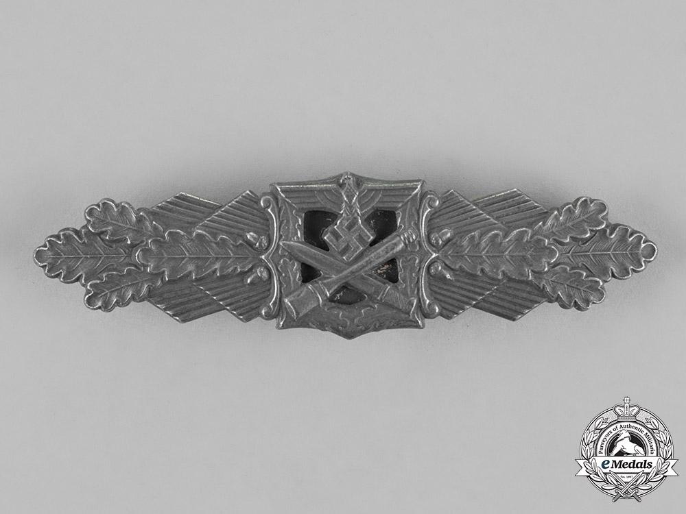 Germany, Wehrmacht. A Close Combat Clasp, Silver Grade, by Friedrich Linden of Lüdenscheid