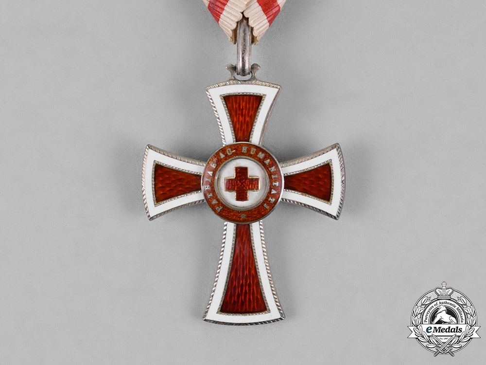 Austria, Empire. An Honour Decoration of the Red Cross, Second Class Cross, c.1917