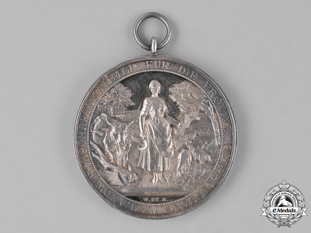 Prussia, State. A Cased Medal for Long Years of Loyal Service from the Chamber of Agriculture