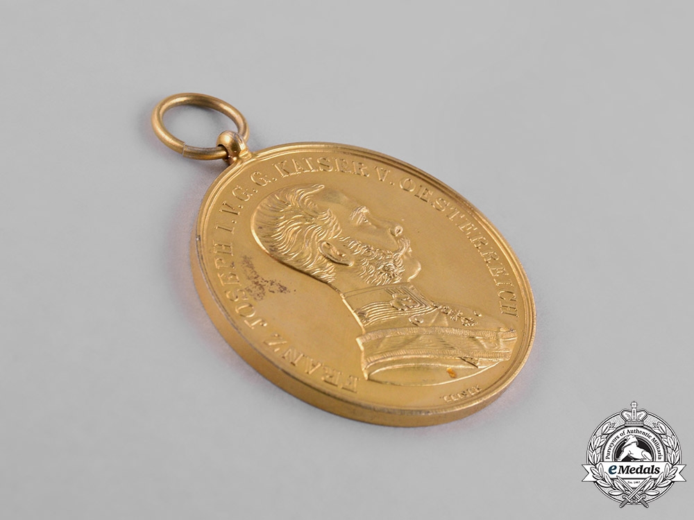 Austria, Empire. A Gold Bravery Medal, Third Award, Privately Purchased, c.1915