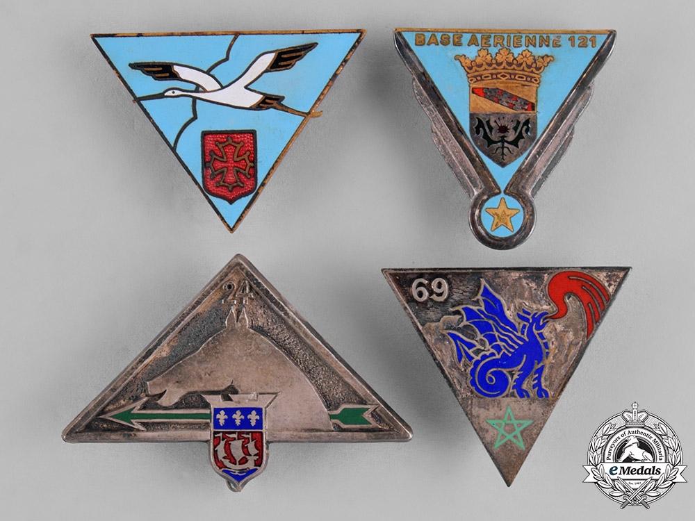 France, Republic. Sixteen Military Insignia Badges