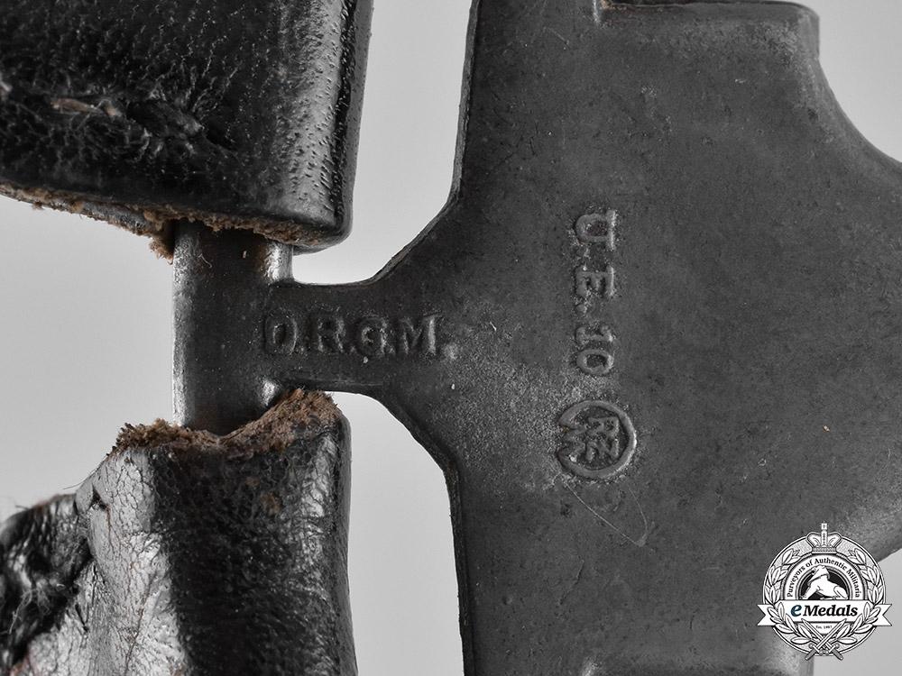 Germany, Luftwaffe. A Set of Dagger Hangers