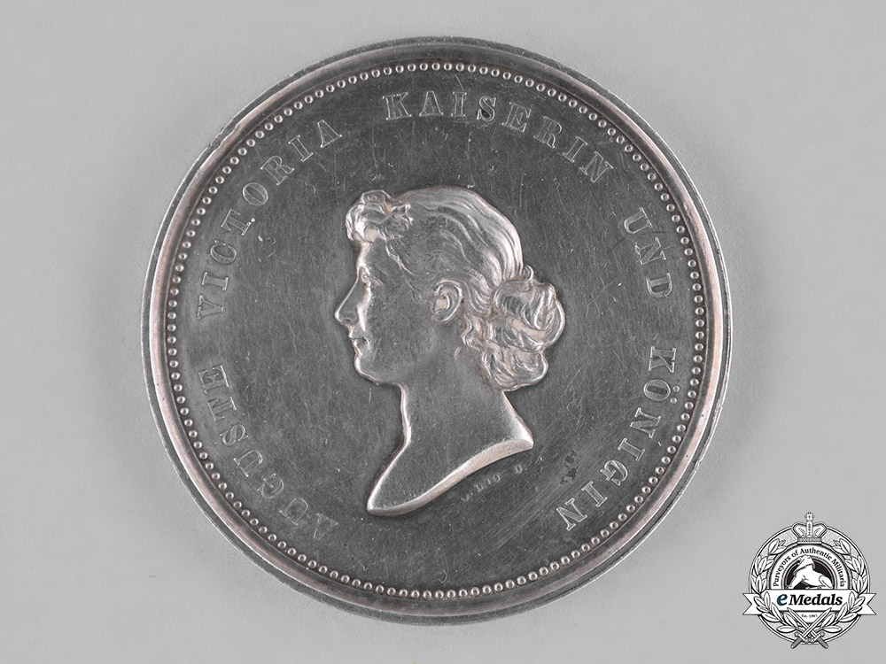 Germany, Imperial. A Protestant Deaconess 25-Year Long Service Medallion by Gottfried Loos