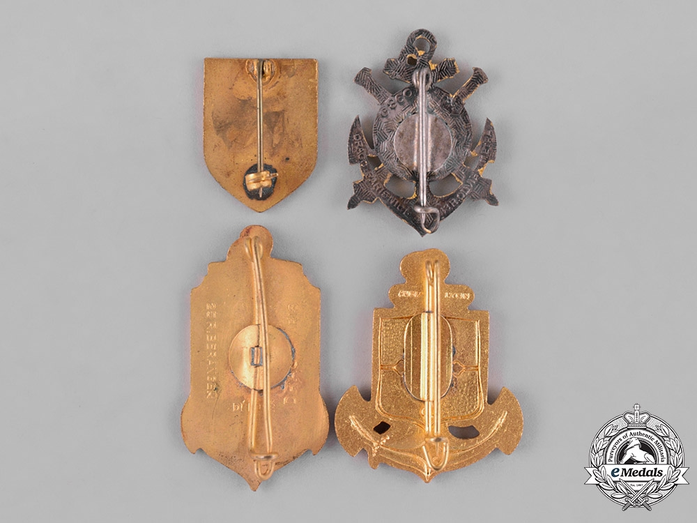 France, Republic. Sixteen Military Regimental Insignia Badges