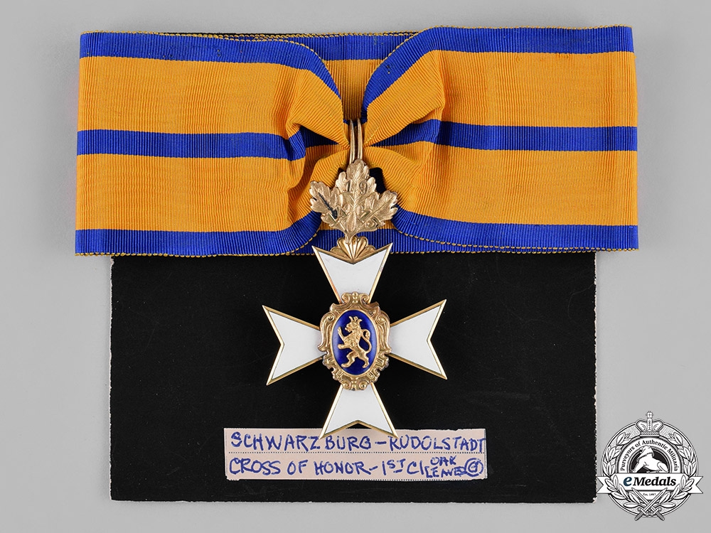 Schwarzburg-Rudolstadt, Principality. A I Class Honour Cross in Gold, with Oak-Leaves, c.1915