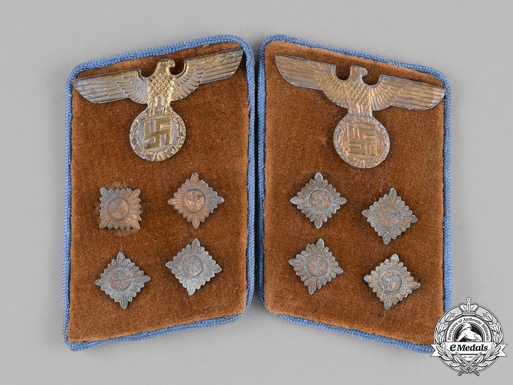 Germany, NSDAP. A Pair of RZM-marked NSDAP Ortsgruppe Gemeinschaftsleiter Collar Tabs