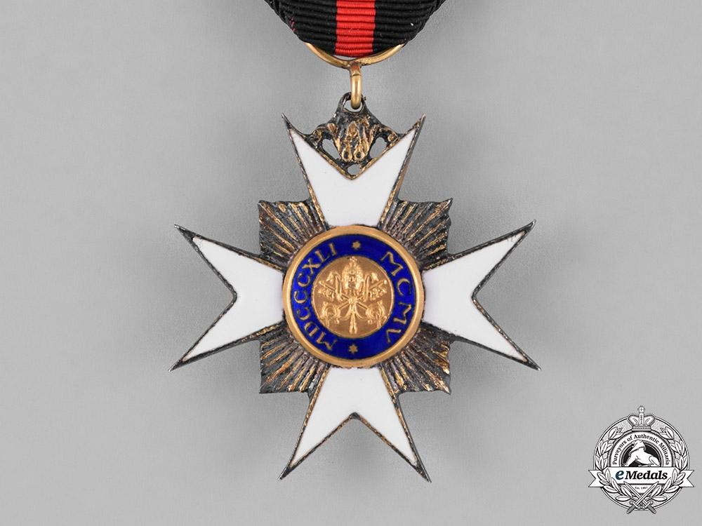 Vatican. Order of St. Sylvester, Knight's Breast Badge, Type II (1880-current)