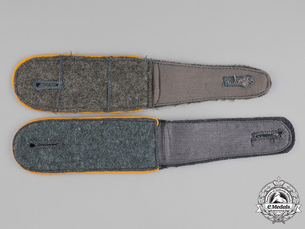 Germany, Heer. A Set of Cavalry/Reconnaissance EM/NCO's Shoulder Straps