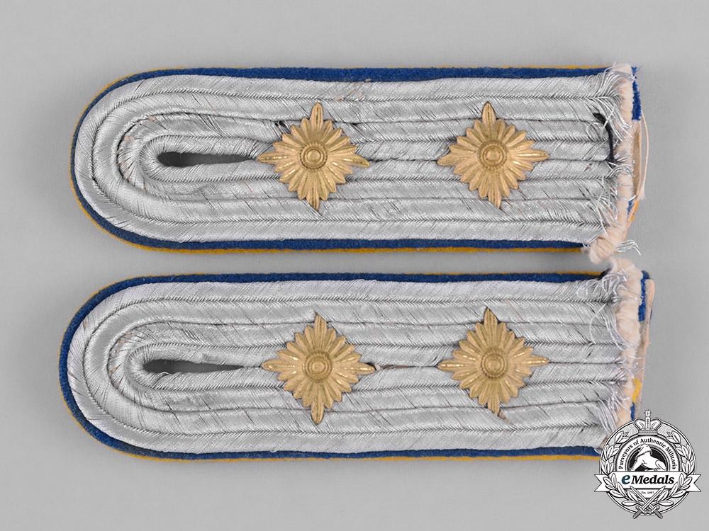 Germany, Luftwaffe. A Pair of Flight Reserve Hauptingemiuer Shoulder Boards