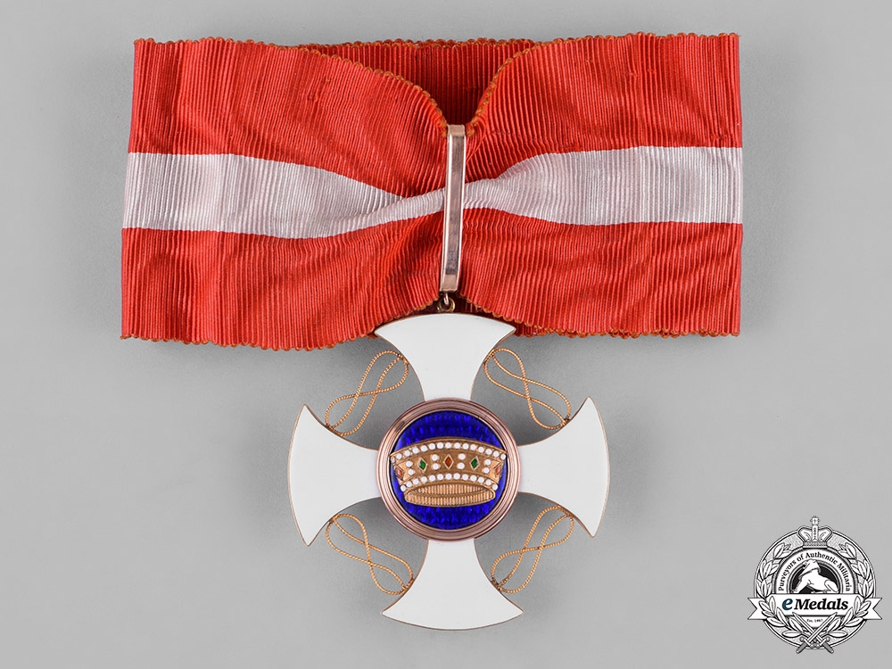 Italy, Kingdom. An Order of the Crown in Gold, Commander, by Cravanzola, c.1930