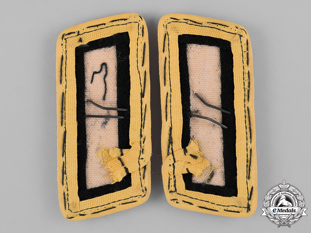 Germany, Heer. A Set of Panzer Signals Personnel Collar Tabs