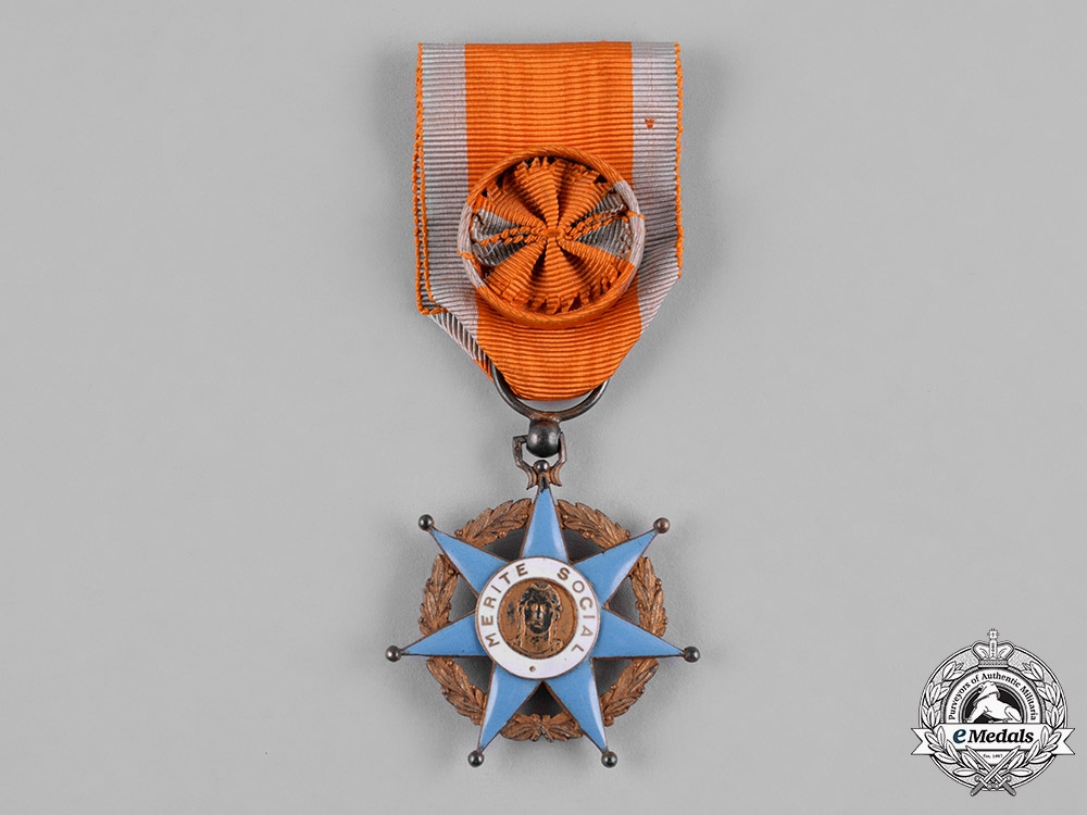 France, III Republic. An Order of Social Merit, II Class Officer, c.1950
