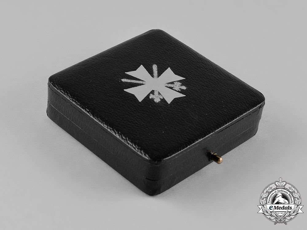 Germany, Wehrmacht. A Cased War Merit Cross, I Class with Swords, 1957 Issue
