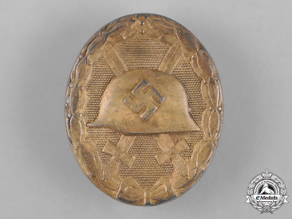 Germany, Wehrmacht. A Cased Wound Badge, Gold Grade, by Wilhelm Deumer