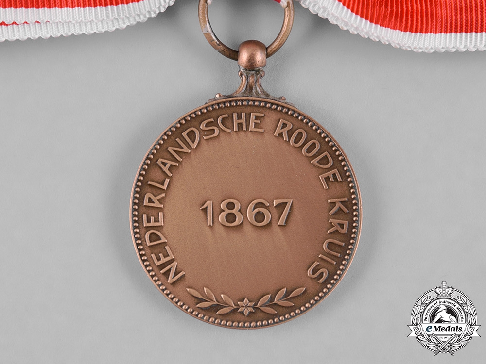 Netherlands, Kingdom. A Medal of Merit of the Red Cross, II Class Bronze Grade, c. 1945