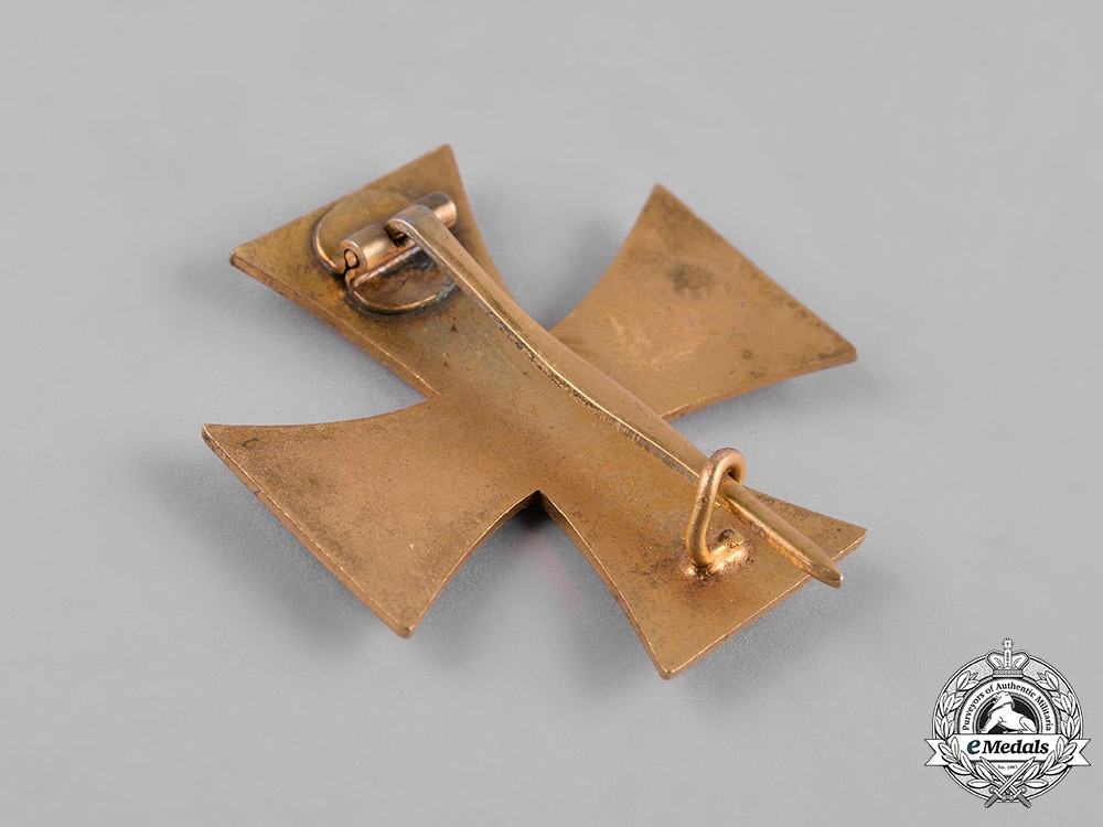 Mecklenburg-Schwerin, Grand Duchy. A Military Merit Cross, I Class, c.1935