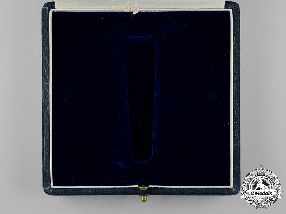 Belgium, Kingdom. An Order of Leopold II, Grand Officer's Case, by Fisch & Co.