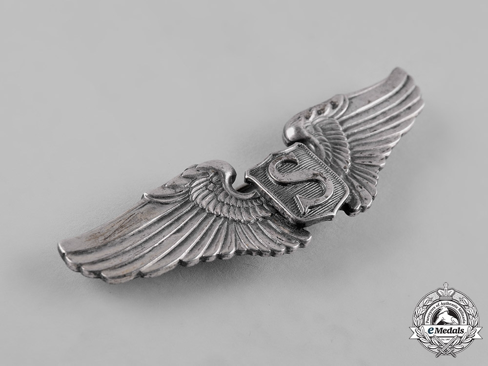 United States. A Second War Army Air Forces Service Pilot Badge