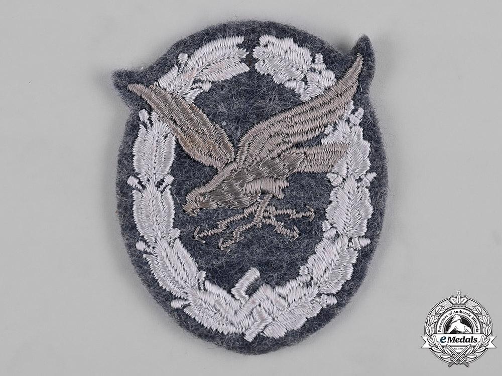 Germany, Luftwaffe. A Radio Operator Badge, Cloth Version