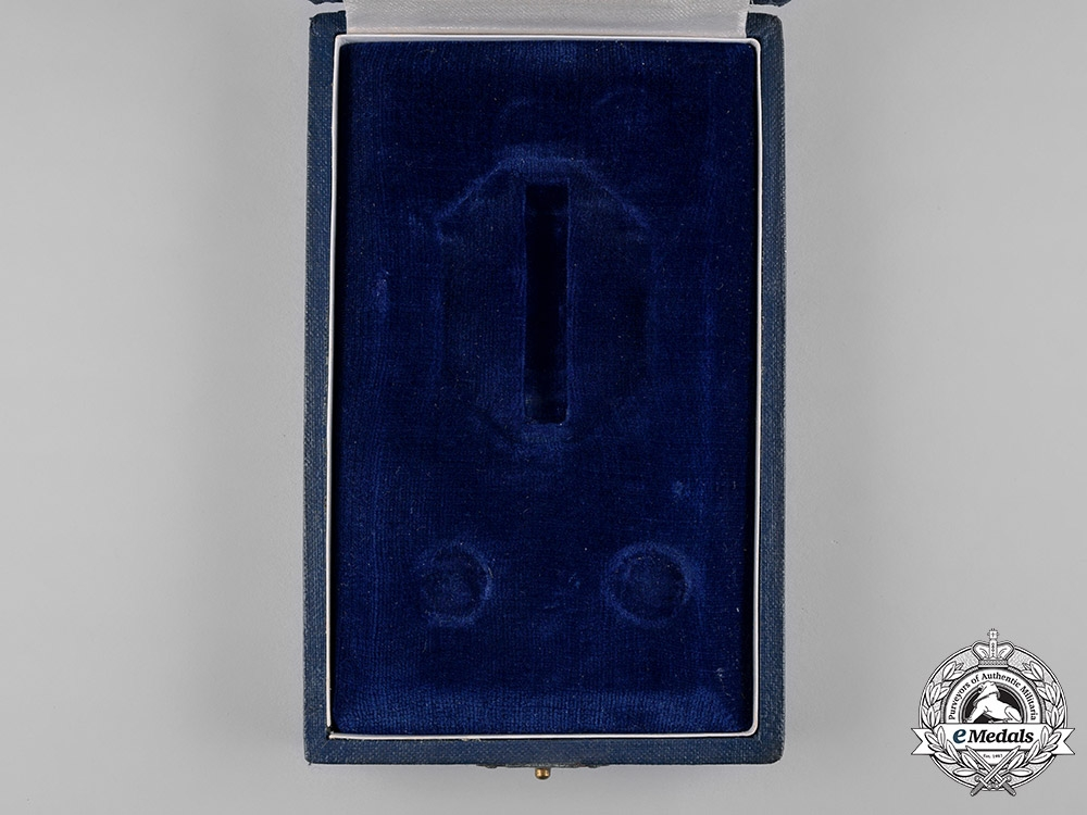 Slovakia, Independent State. A War Victory Cross Order, II Class Case