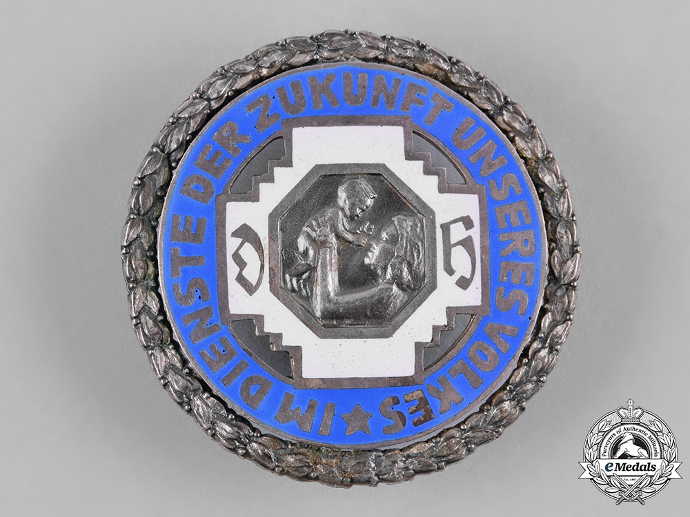 Germany, Third Reich. A Midwives Association Membership Badge