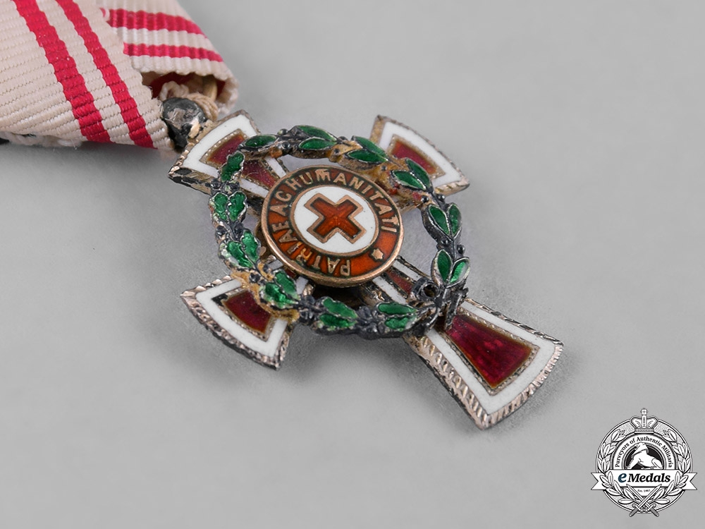 Austria, Imperial. A Miniature Decoration for Services to the Red Cross, II Class with War Decoration
