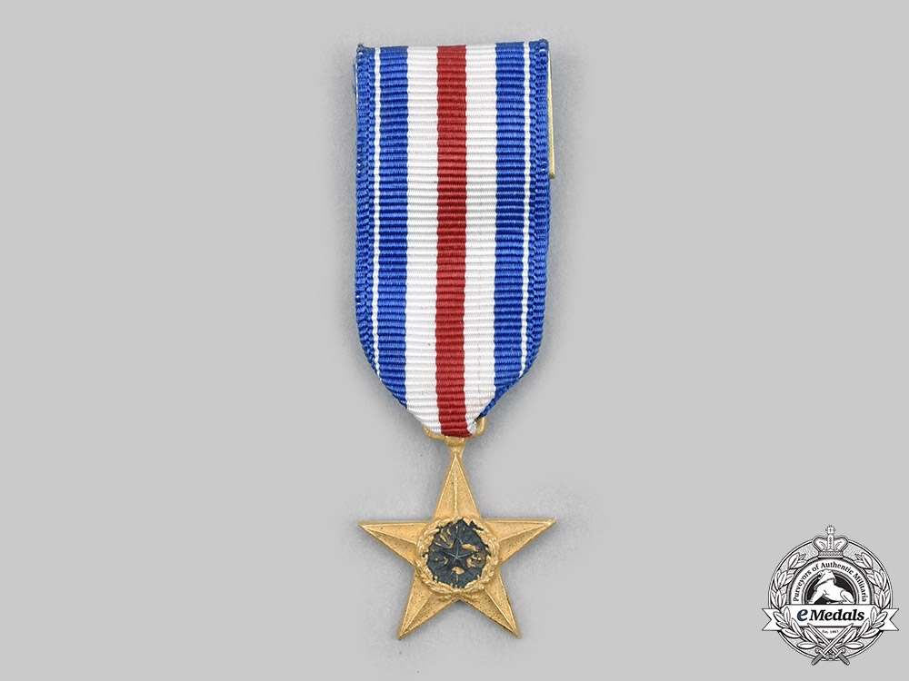 United States. A Silver Star Medal, Miniature