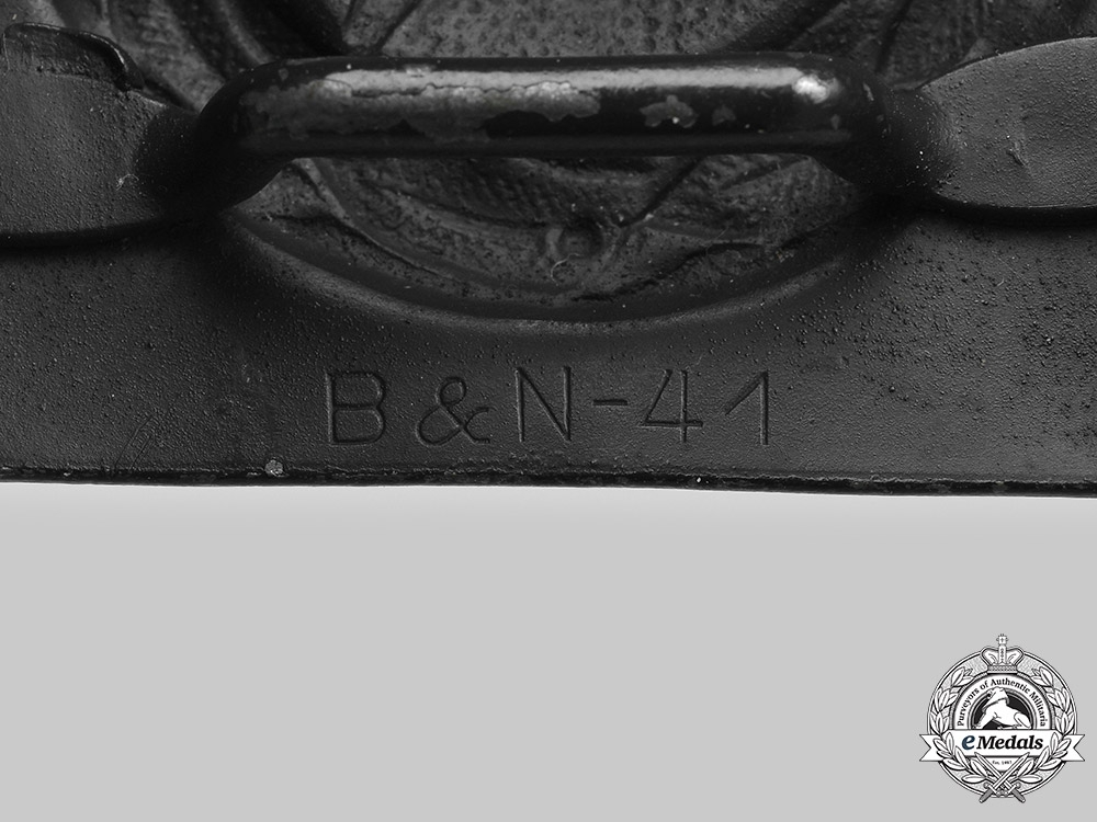 Germany, Luftwaffe. An EM/NCO's Belt Buckle, by Berg & Nolte