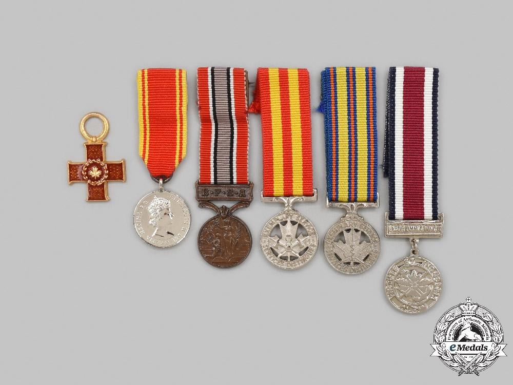 United Kingdom, Canada. A Lot of Five Miniature Awards